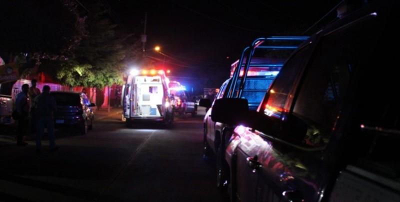 Familia resulta herida tras irrupción de grupo armado en su domicilio