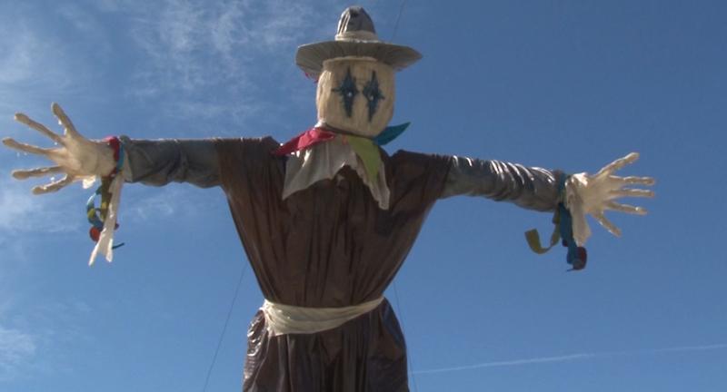 """Alcalde de Mazatlán califica como """"feos"""" a los monigotes del Carnaval"""