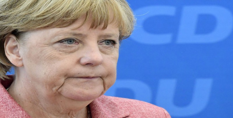 Merkel resalta importancia de los servicios secretos ante amenazas actuales