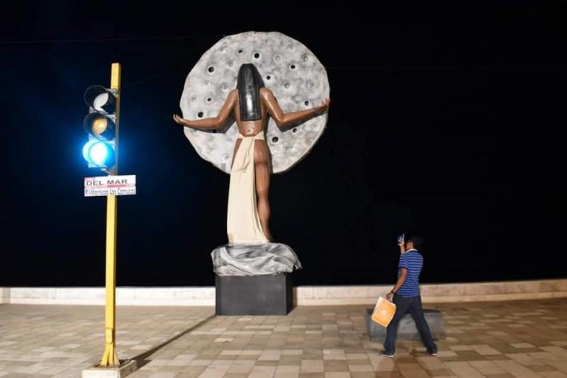 """Continúa la instalación de monigotes """"Feos"""": Alcalde de Mazatlán"""