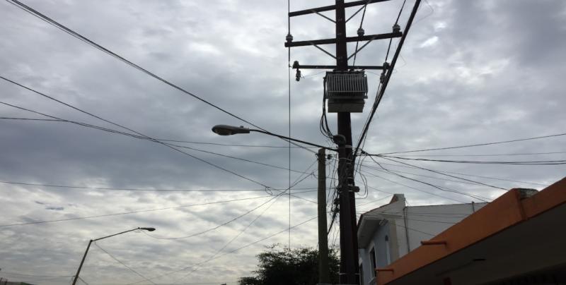 No funciona una lámpara por la calle Luna