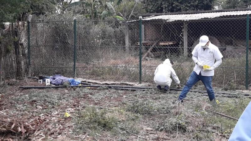 """Con """"Cuerno de chivo"""" asesinan a vecino de Rancho Viejo"""