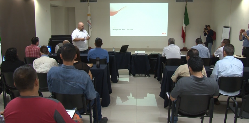 "CANACINTRA imparte curso acerca de ""Código Red"""