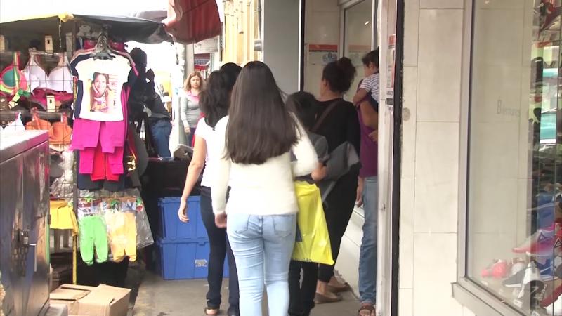 Comerciantes se preparan para carnaval