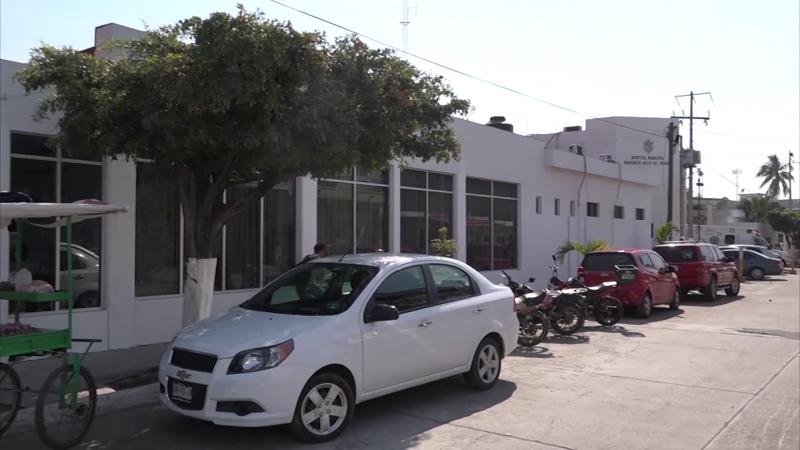 Abastecen fármacos en el hospitalito de la Juárez