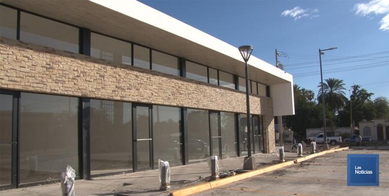 En Cajeme, plaza comercial 300 presenta 95% de avance