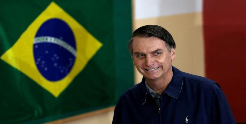 Bolsonaro recibe el alta tras 17 días hospitalizado por una operación