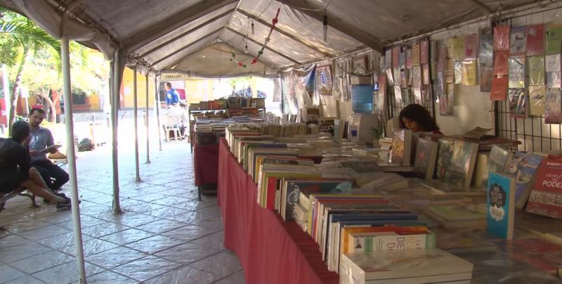 Esperan que el Tianguis del Libro se mantenga en la plazuela Álvaro Obregón