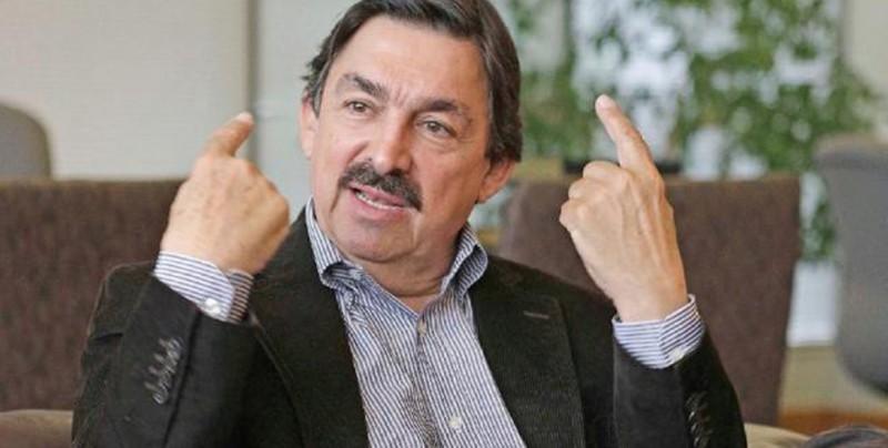 Polémico senador oficialista crea un nuevo sindicato en México