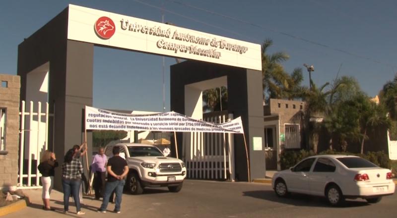 Sigue protesta en UAD Mazatlán