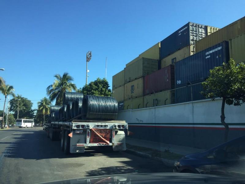 Poco trabajo tienen estibadores de Mazatlán