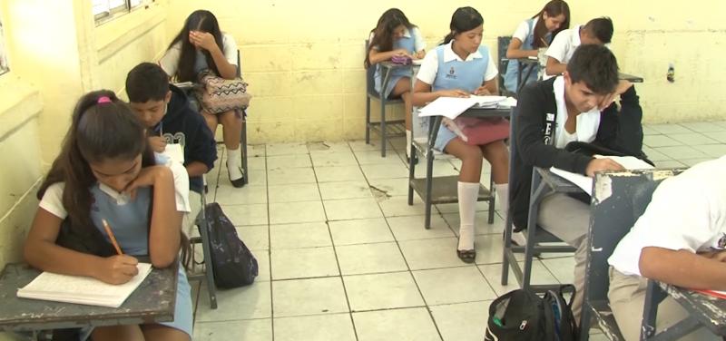 Secundarias sin espacio reporta Mazatlán en preinscripciones en linea