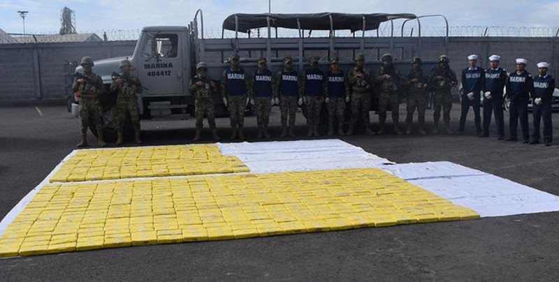 Marina intercepta una embarcación con 630 kilos de cocaína frente a Topolobampo