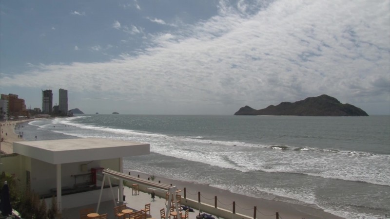 ¿Ha notado que se ha retirado el mar en las playas de Mazatlán?