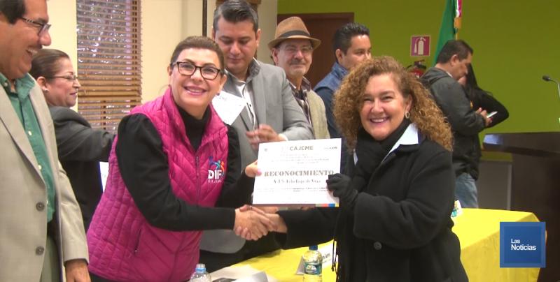 Premia Ayuntamiento escuelas limpias en Cajeme
