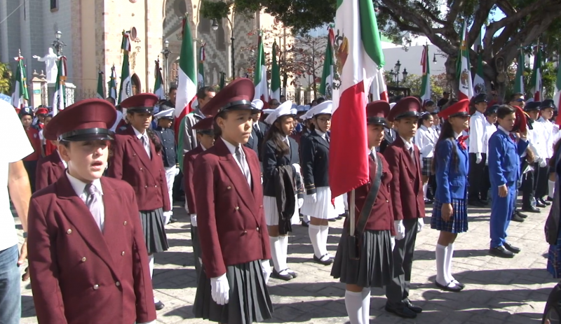 Entregarán banderas a 15 escuelas en Mazatlán