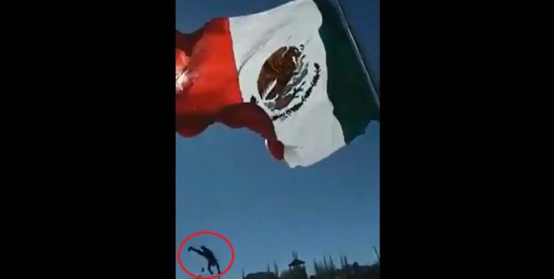 #Video Cae cadete del Ejército mexicano durante izamiento