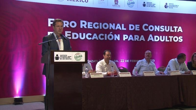 Lanzan en Sinaloa programa piloto nacional de mejora educativa