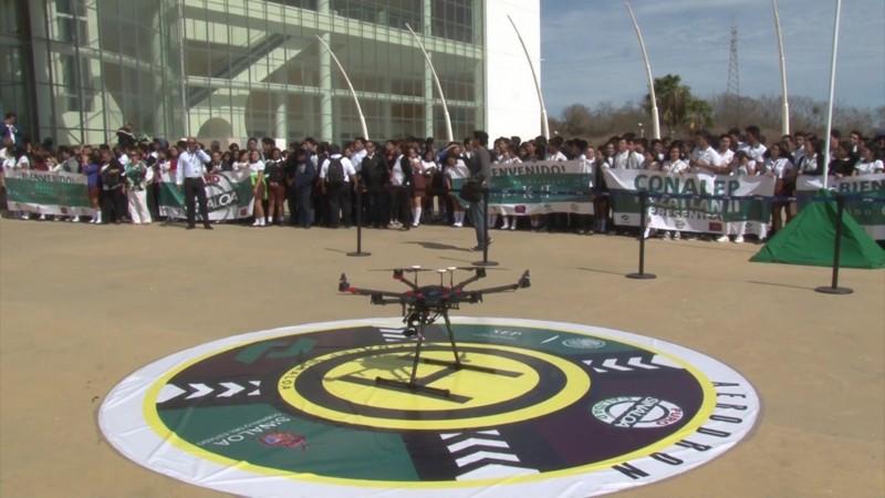Conalep Sinaloa, integra 'pilotaje de drones' en sus carreras