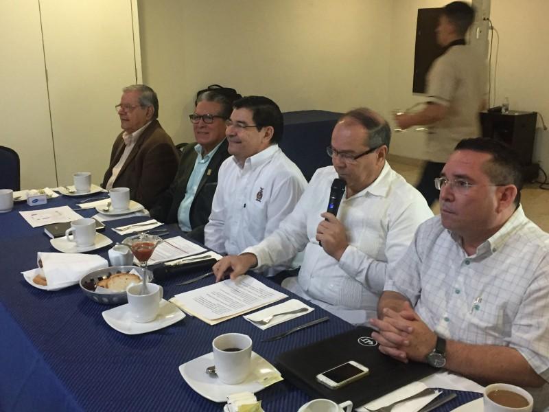 Javier Lizárraga Mercado comparte su experiencia ante el CONLA