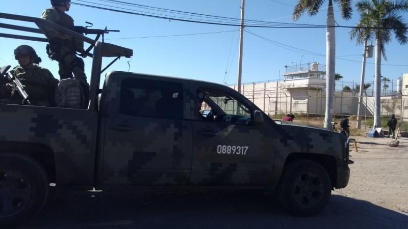 Encuentran arma en el penal