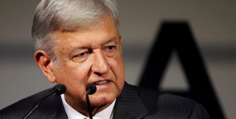 """López Obrador exhorta al diálogo para lograr """"solución pacífica"""" en Venezuela"""