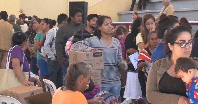 Más de mil familias se benefician con despensas DIF