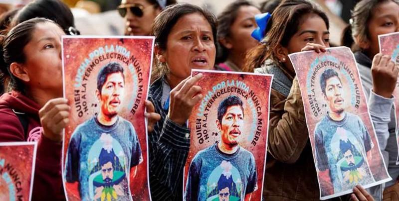 Abren seis líneas de investigación por asesinato de activista mexicano Flores