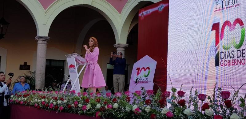 Alcaldesa de El Fuerte rinde informe de primeros 100 días