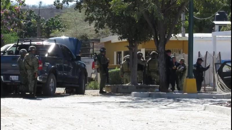 Civiles atacan a elementos de la Policía Estatal Preventiva