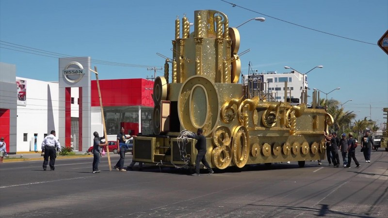 Calientan motores y se alista el segundo desfile carnavalero