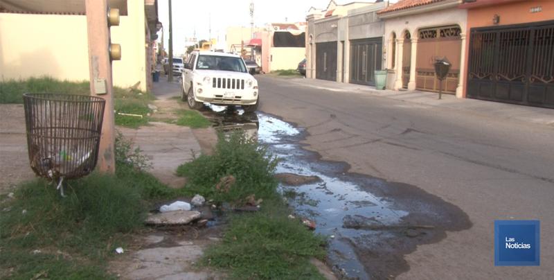 En Cajeme, vecinos de casa blanca piden trabajos al Oomapasc