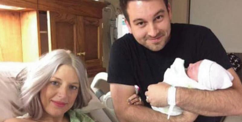 A tan sólo 8 horas después de haber nacido, ésta bebé se convierte en huérfana