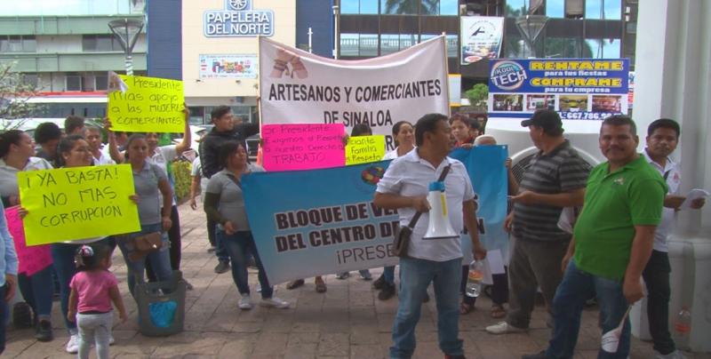 Se desalojara a vendedores de la vía pública en el Centro
