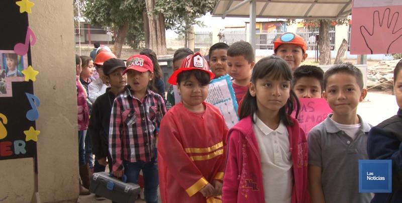 En Cajeme, docentes y alumnos conmemoran el día internacional de la mujer