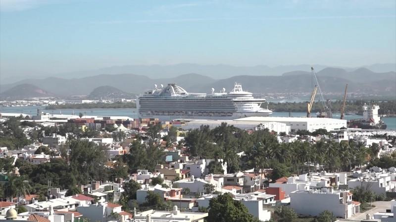 Habrá ampliación del puerto, pero será proyecto 'austero'