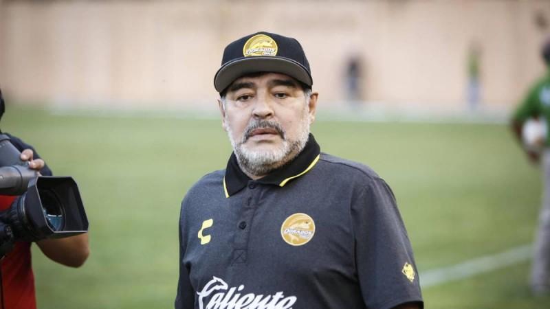 Maradona reconocerá a tres hijos que tiene en Cuba