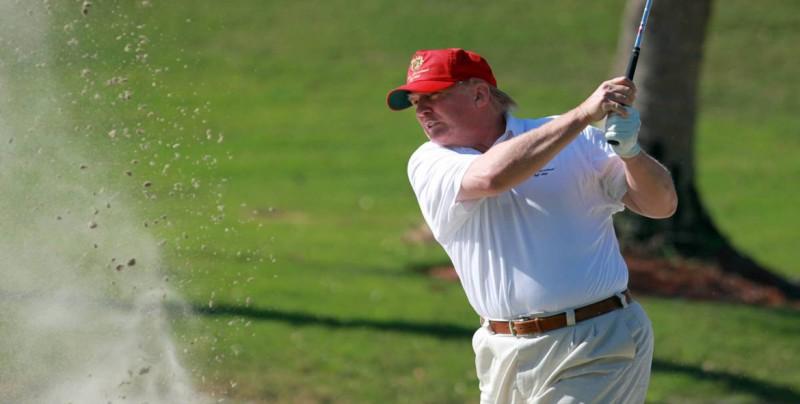 Trump juega golf con Lexi Thompson y participa en actos de recaudación de fondos