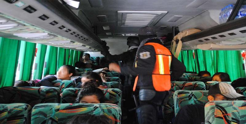 Secuestran a 19 pasajeros de un autobús en Tamaulipas