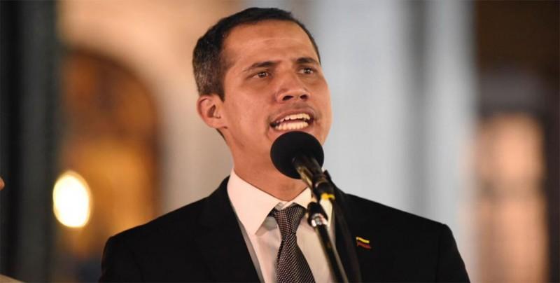 Guaidó convoca a una manifestación para el martes por el apagón en Venezuela