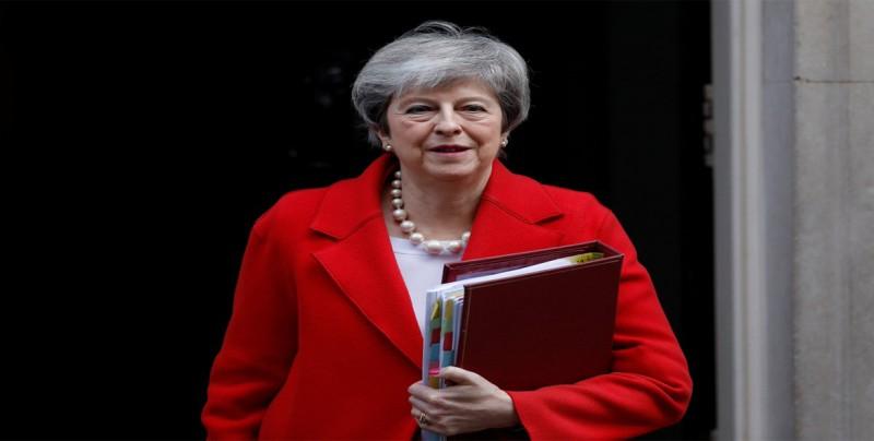 """May avisa de que puede no haber """"brexit"""" si los diputados rechazan el acuerdo"""