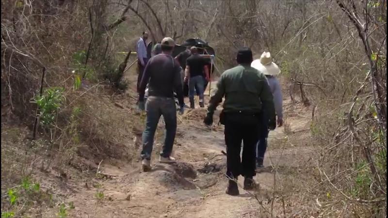 Encuentran rastreadoras otros siete cuerpos más en Miravalles y Palmillas