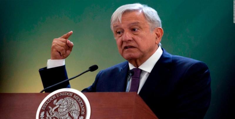"""Presidente de México dice que no usa """"bots"""" y denuncia """"simulación"""" en prensa"""
