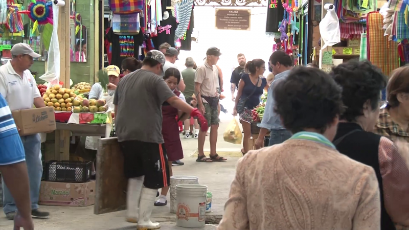 Avanzan los trabajos de remodelación del mercado municipal