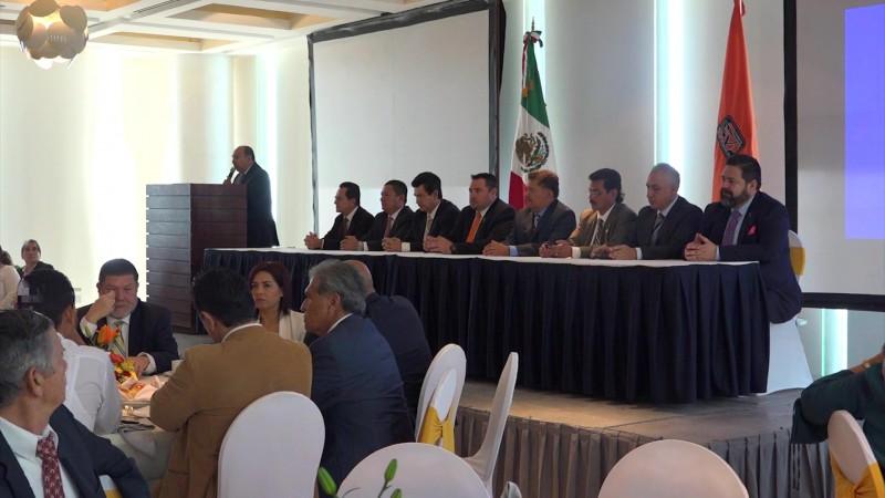 Es Luis David Pérez Castro nuevo representante de Valuadores en la zona sur