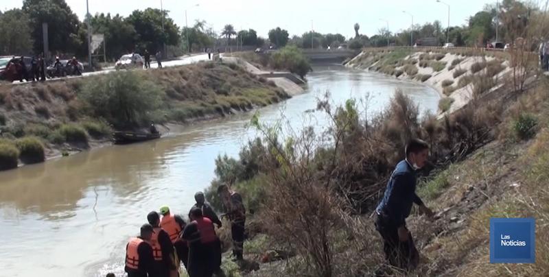 En Navojoa, PC exhorta a no circular y proteger a las personas que viven por los costados del canal