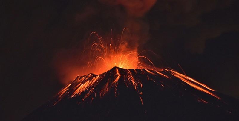 Volcán Popocatépetl registra fuerte explosión en el centro de México