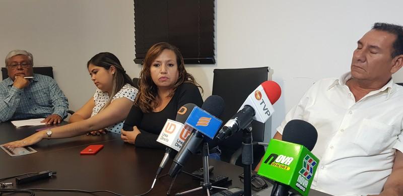 Regidores del PT y morena insisten en la salida del secretario del Ayuntamiento