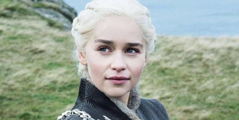 Emilia Clarke sufrió 2 aneurismas cerebrales mientras filmaba Game of Thrones