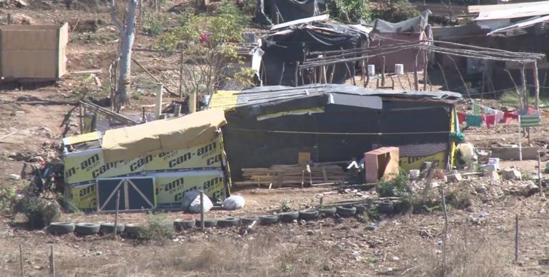 Entregarán 400 acciones de vivienda a familias desplazadas de la sierra